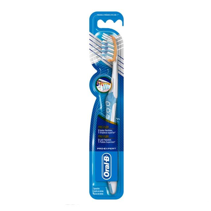 Manual toothbrush Pro-Expert Pro-Flex Oral-B 38 Medium