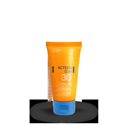 BioNike Acteen Sun Crema Solare SPF30 Pelle A Tendenza Acneica 50ml